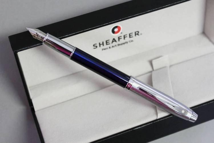 9308 PN Pióro wieczne Sheaffer kolekcja 100, niebieskie, wykończenia chromowane